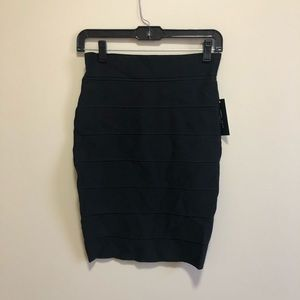 NWT Romeo+Juliet Couture | Black skirt, size small